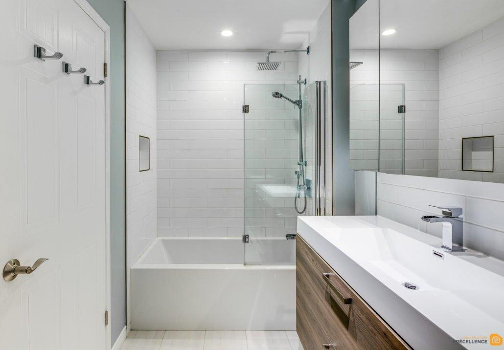 R novation de salle de bain sous sol rosemont - Sol plastique salle de bain ...